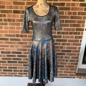 Like new LuLaRoe Nicole metallic shimmering dress